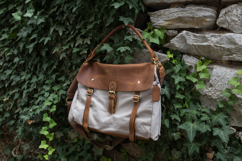 Wandering Gypsy Tote- Cream Gray