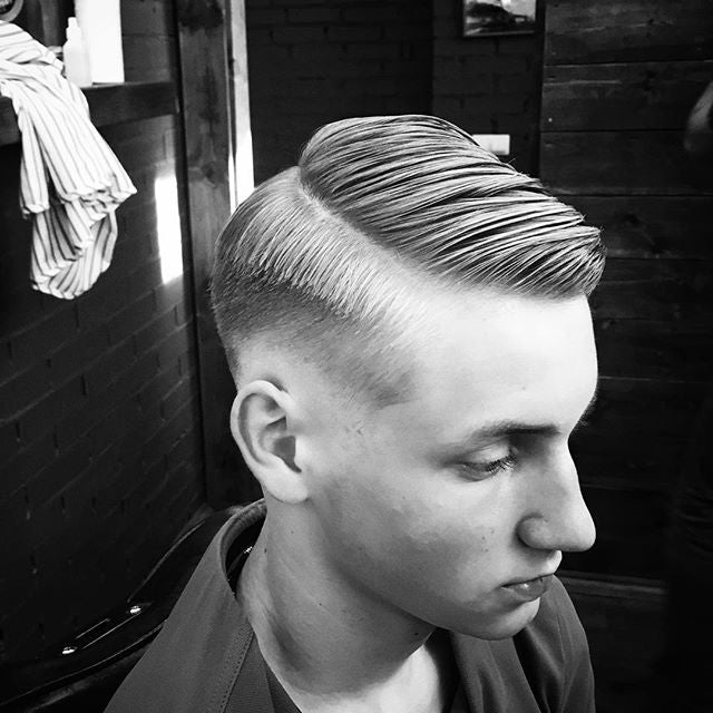 prostoalyosha instagram post of great side part haircut prospectors pomade styled