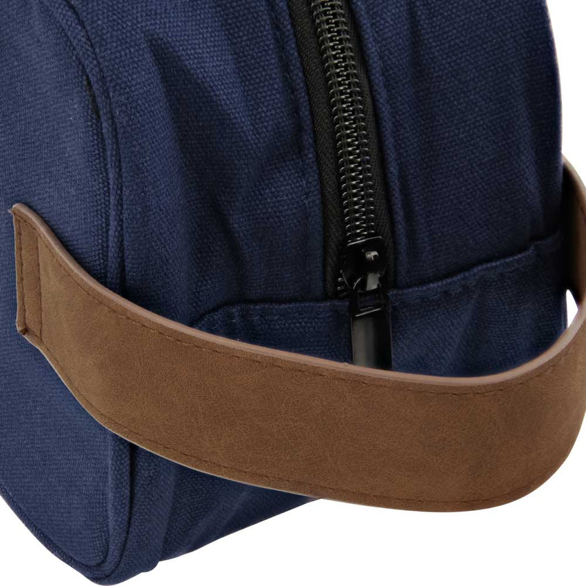 prospectors-toiletry-bag-handle