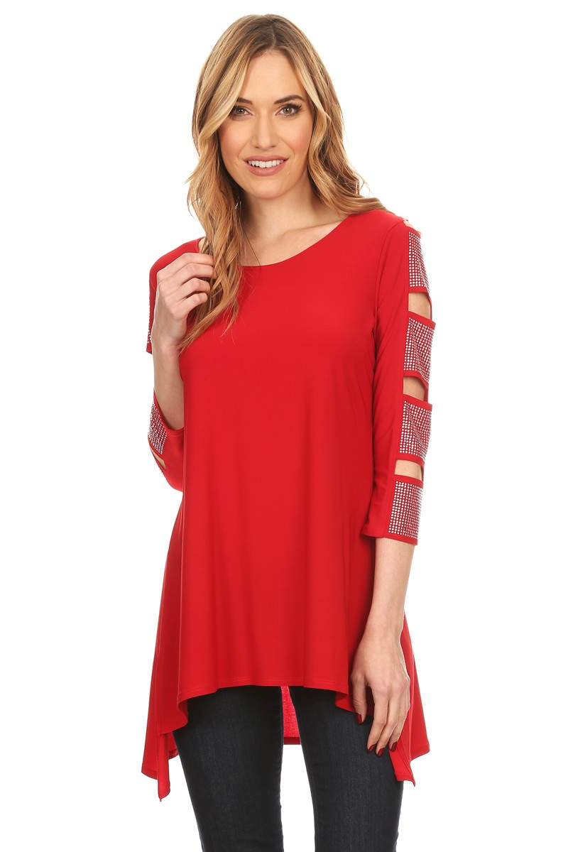 Front view woman wearing red 3/4 sleeve ladder sleeve tunic with rhinestone ladder
