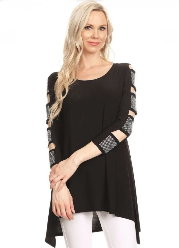 Front view woman wearing black 3/4 sleeve ladder sleeve tunic with rhinestone ladder