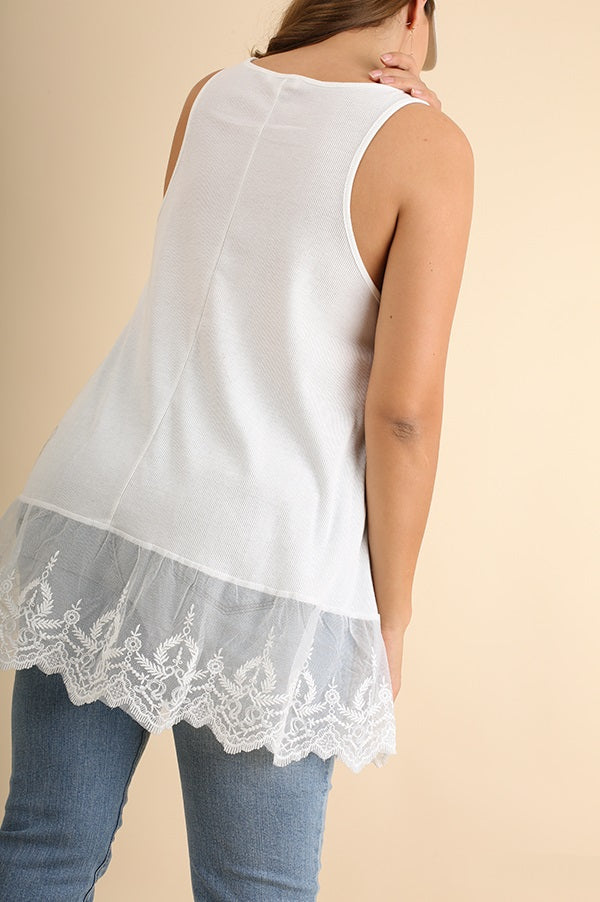 Back view young woman wearing white plus size tank top with lace trim