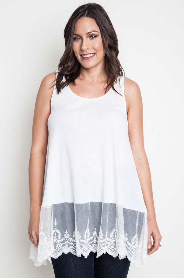 Front view young woman wearing white plus size tank top with lace trim