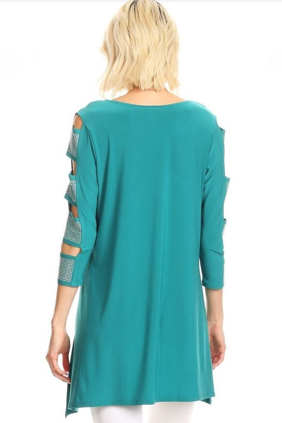 Back view woman wearing teal 3/4 sleeve ladder sleeve tunic with rhinestone ladder