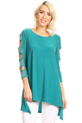 Front view woman wearing teal 3/4 sleeve ladder sleeve tunic with rhinestone ladder