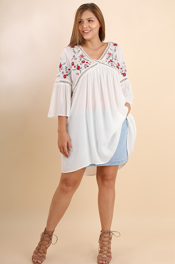 Plus Size Casual Embroidered Tunic - Vegastyleboutique.com - 2