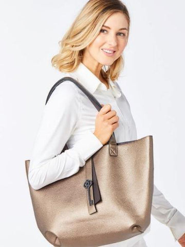 Belyn Key Keystone Tote - Gals on and off the Green