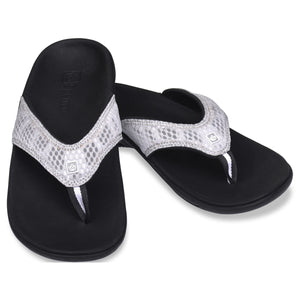 A pair of Spenco Women's yumi plus Breeze Black/Silver Sandal