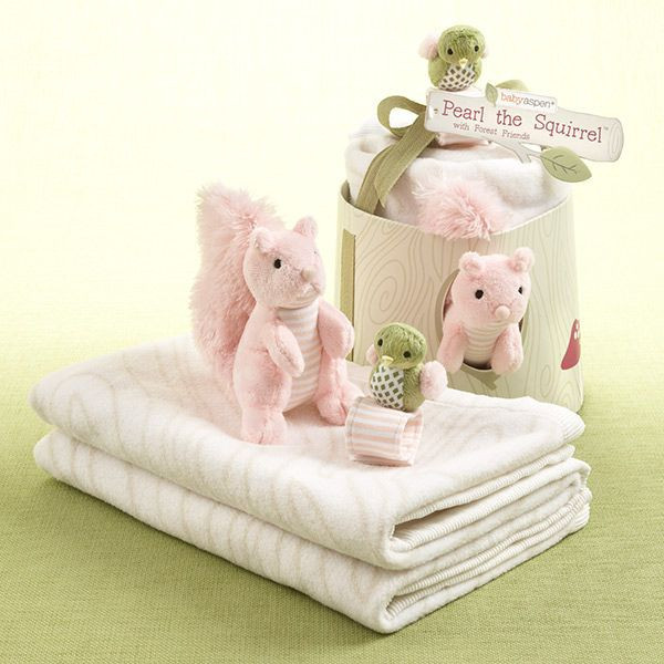 Pearl the Squirrel & Friends Blanket and toy set