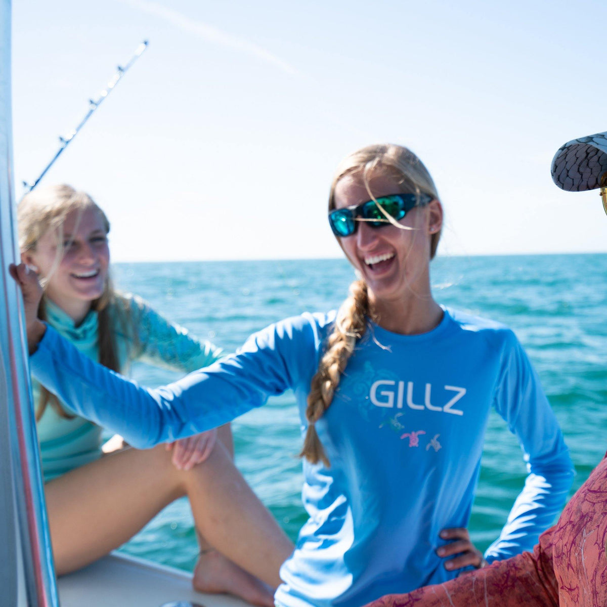 "Gillz Women's Long Sleeve UV ""Turtle Tribe"" - Mariana"