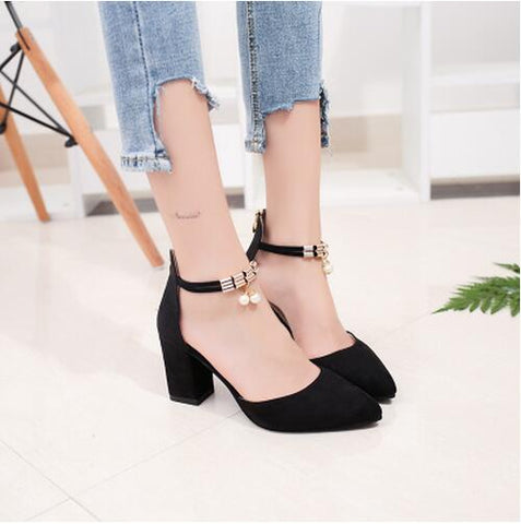 PEARLS Pointed High Heels in Black