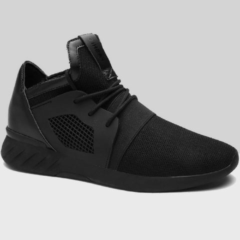 Breathable Casual Sneakers in Black