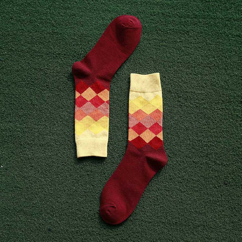 Gradient Color Diamond-shaped Socks - Yellow & Red