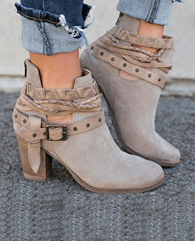 Linder Suede Leather Buckle boots In Grey