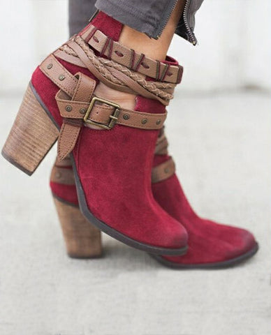 Linder Suede Leather Buckle boots In Red