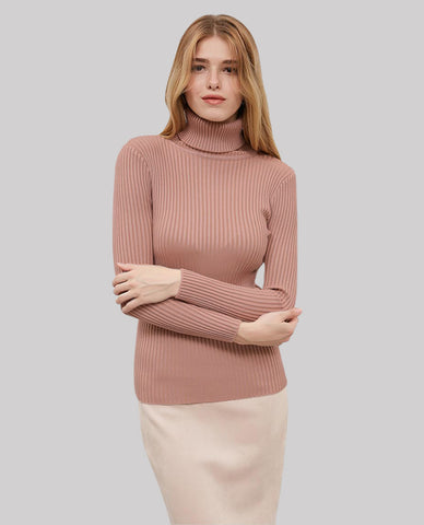 Linder Turtleneck Sweater in Pink