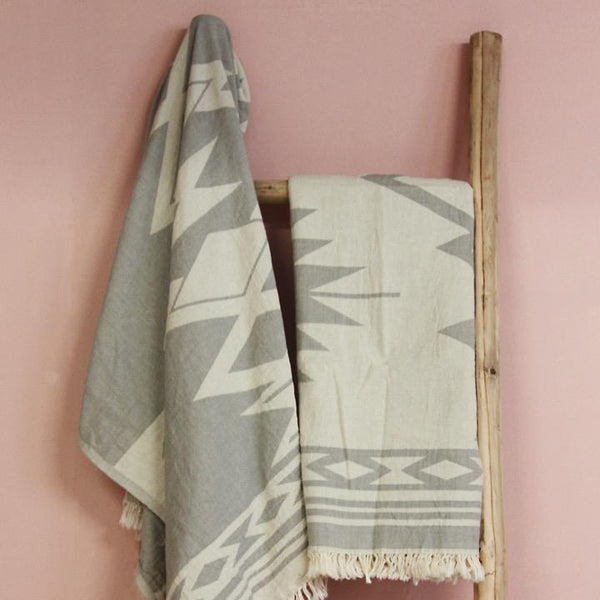 Saardé Home Towels Pale Grey Echo Beach Towel