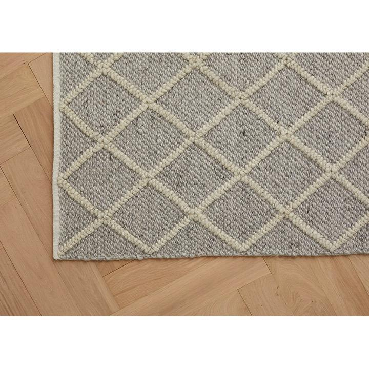 Weave Home Rugs Mitre Rug, Feather