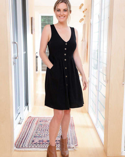 Black Button Down Breastfeeding Friendly Dresses | MOOLK