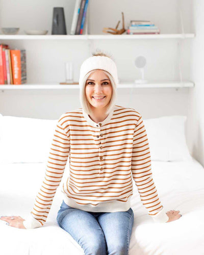 A comfy AF sweater you can breastfeed in this winter  | MOOLK