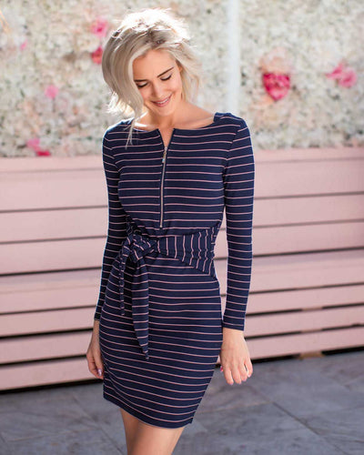 Everyday Breastfeeding-Friendly Jersey Dresses  | MOOLK