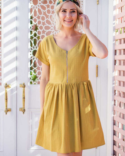 Nursing-Friendly Dresses with Zips for Postpartum Mums  | MOOLK