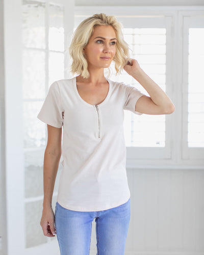 Basic White Breastfeeding Friendly Tshirt | MOOLK