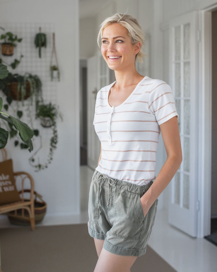 Classic Stripe Breastfeeding Tshirt | MOOLK