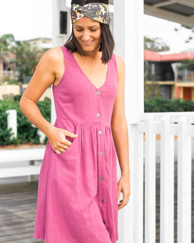 Summery Breastfeeding Friendly Dresses with Button Front | MOOLK