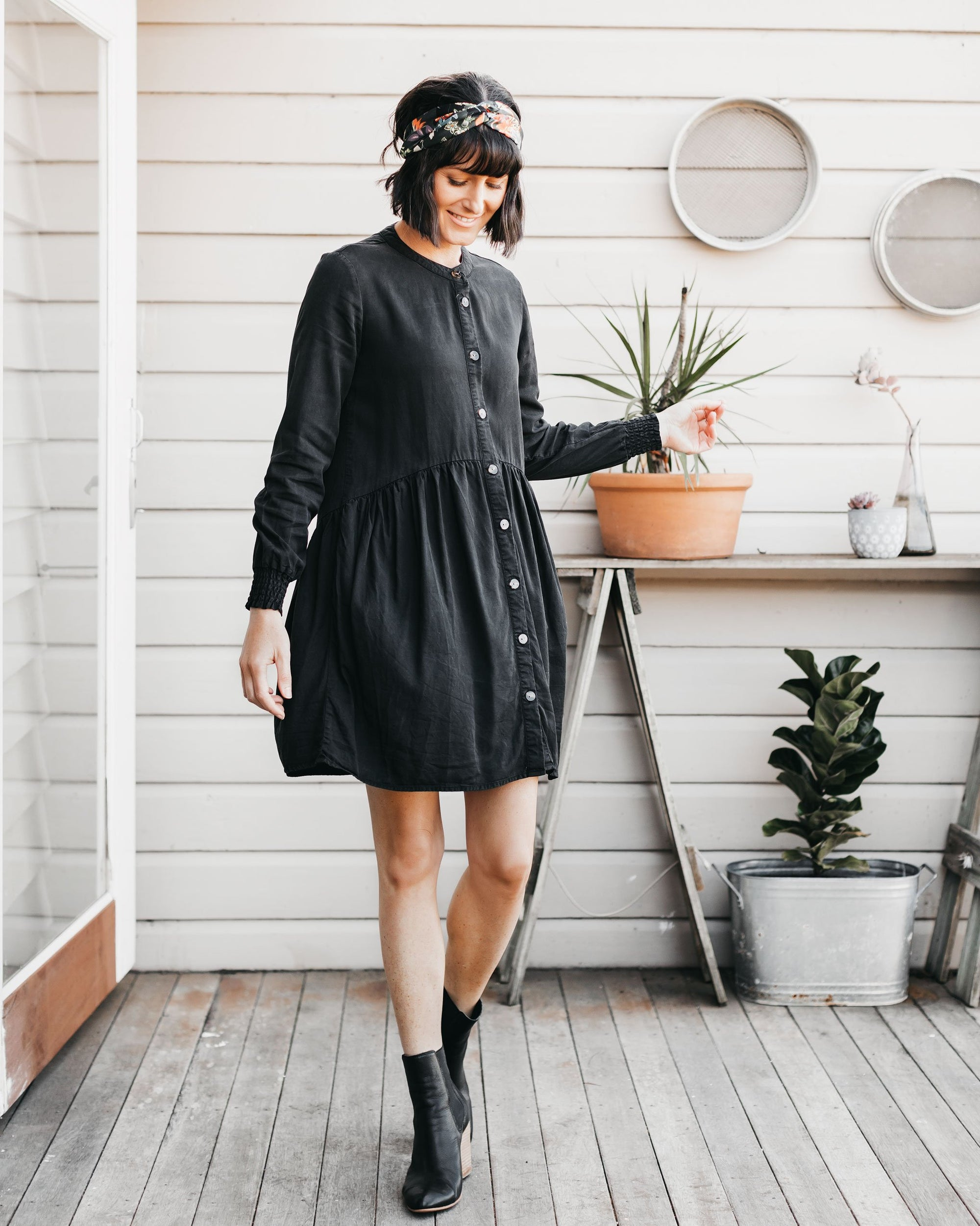 Hella Cute Button-Down Dresses Designed in Australia  | MOOLK