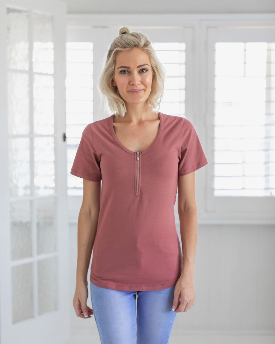 Basic Breastfeeding Friendly Tee | MOOLK