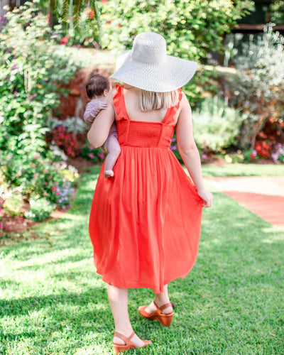 Summer Breastfeeding-Friendly Sun Dress | MOOLK