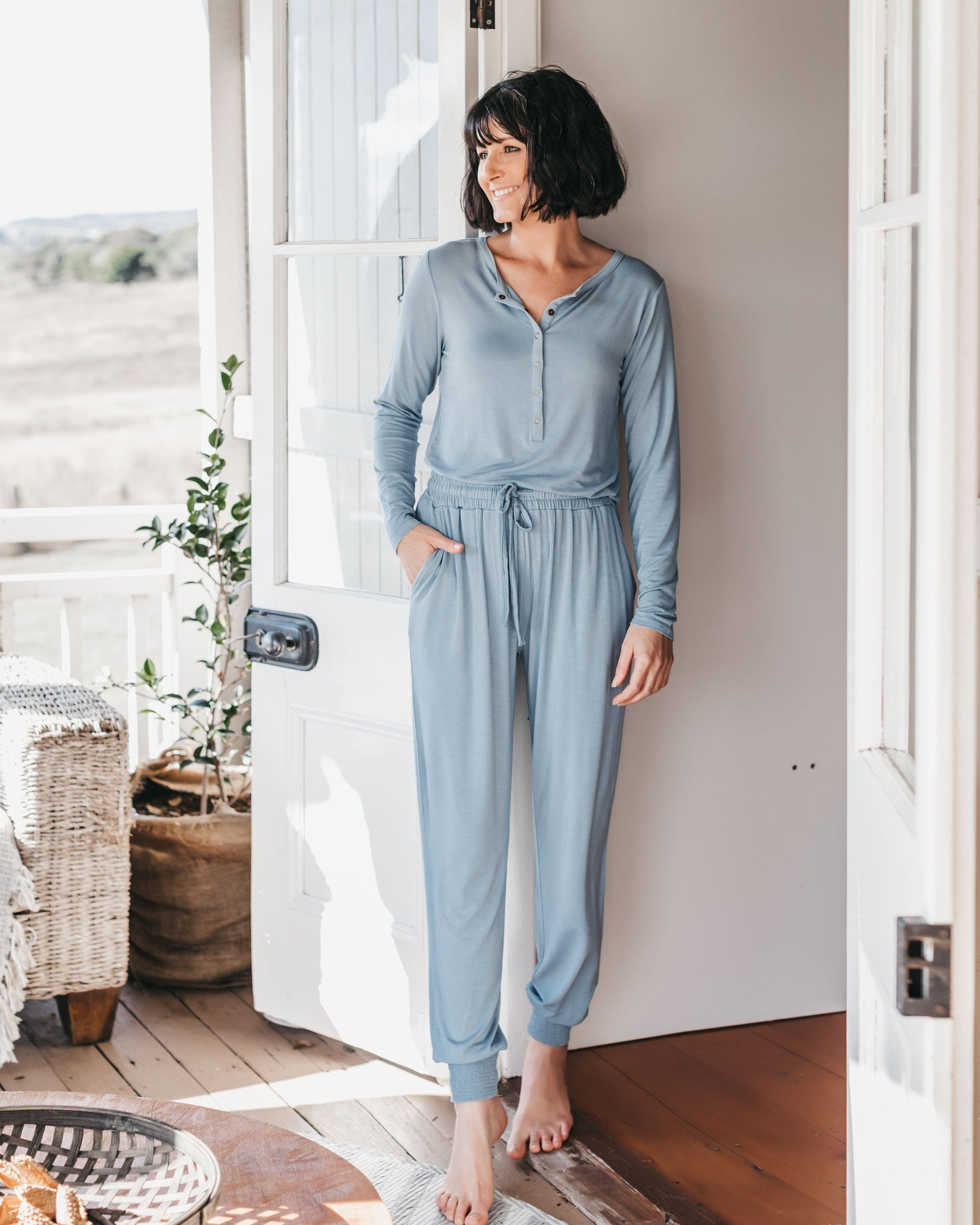 Comfiest Pyjama Set for Breastfeeding Mums | MOOLK