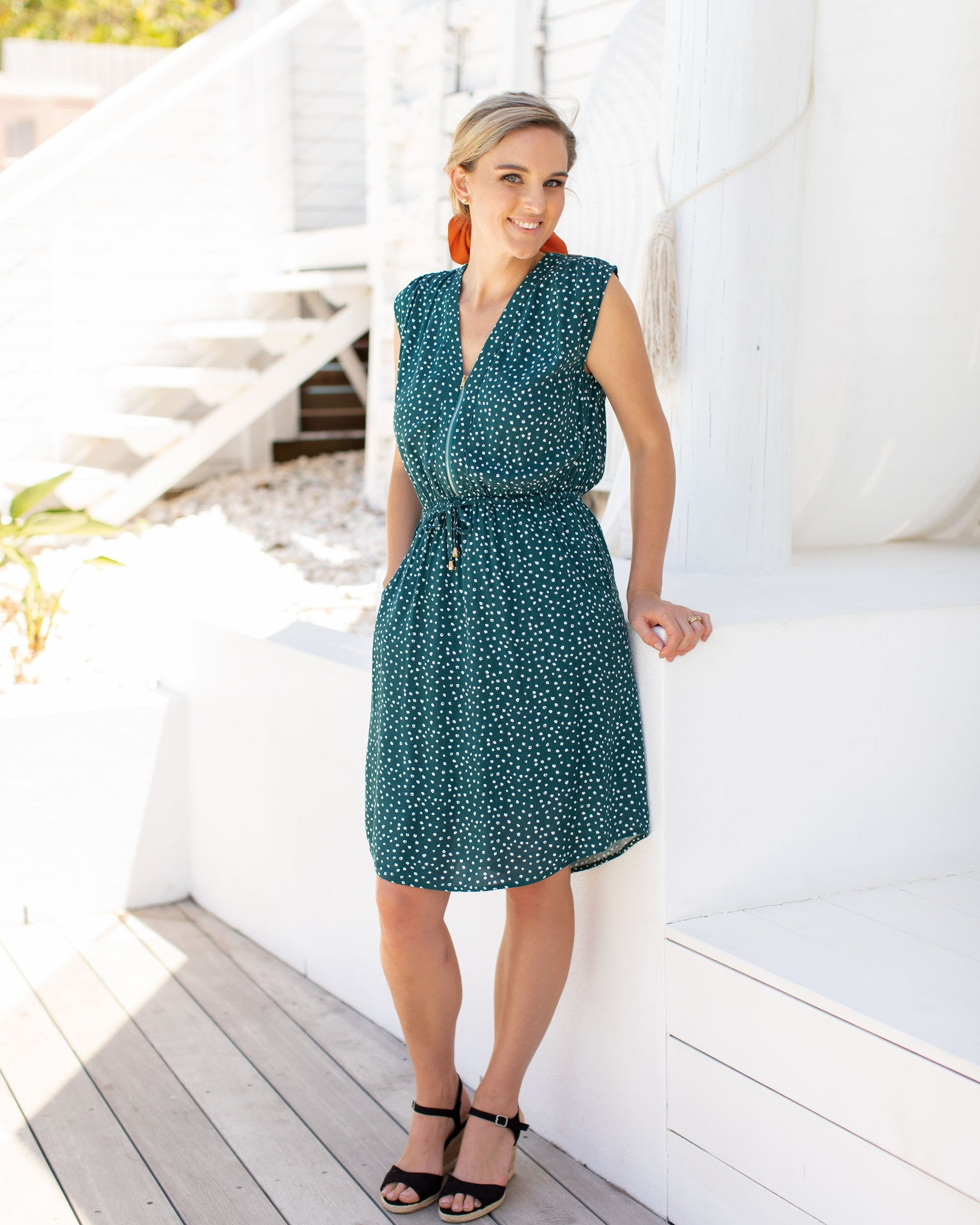 Forgiving AND Flattering Breastfeeding Dresses   |    MOOLK