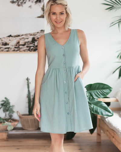Looking for Cute Cotton Breastfeeding Friendly Dresses? | MOOLK