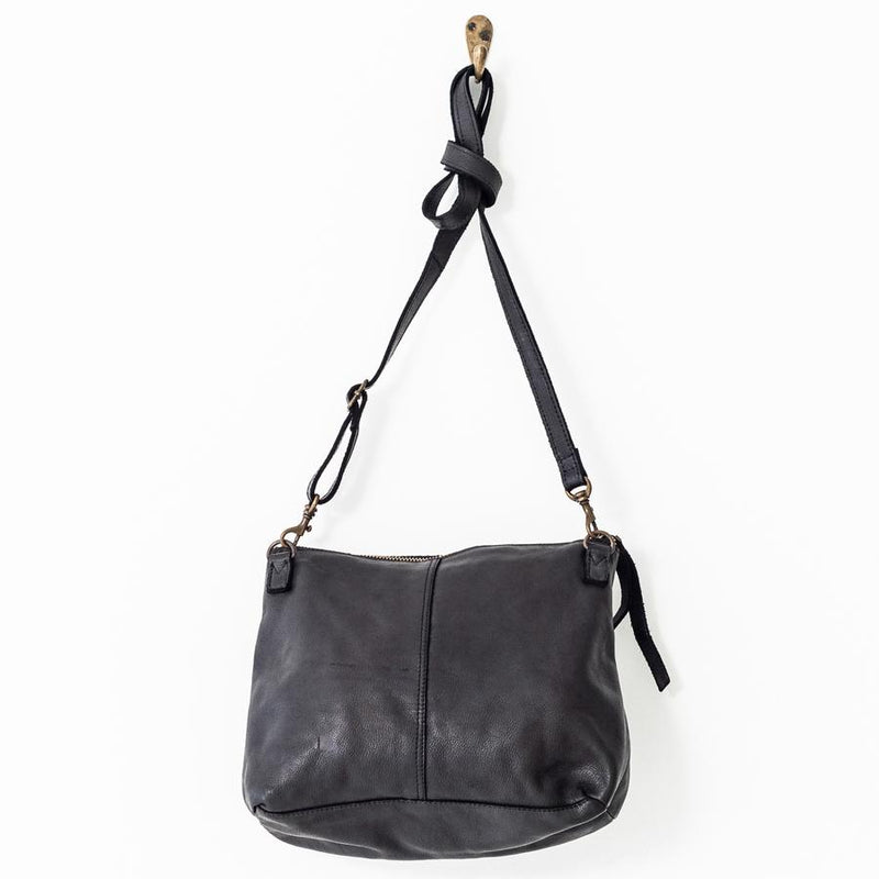 Large Essential Pouch Bag - Black