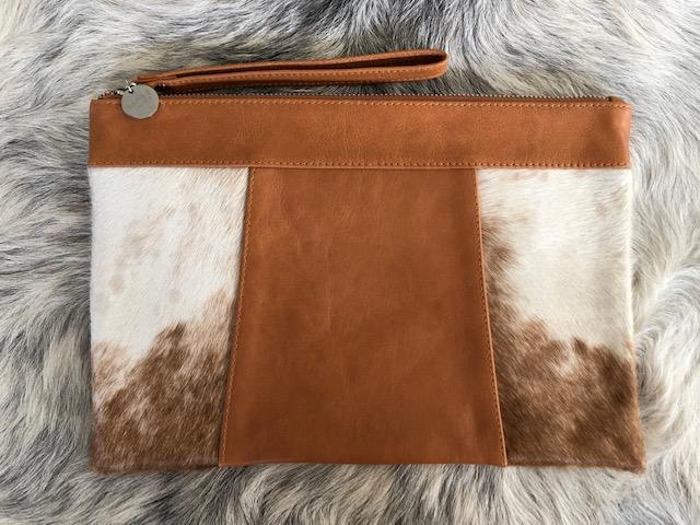 KELLY Clutch - BARE Leather