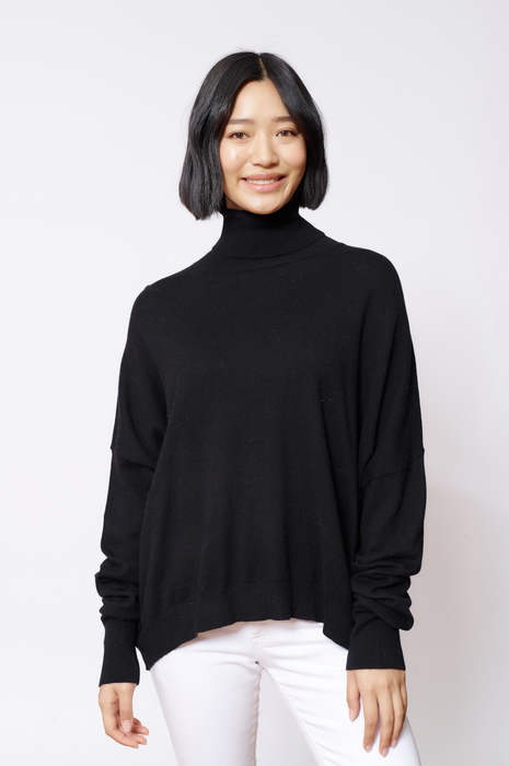 A POLO BAY SWEATER IN BLACKLEAD
