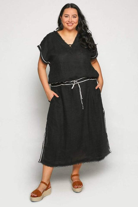 JAIRO Dress in Black