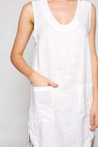 Sleeveless Shift Dress in White