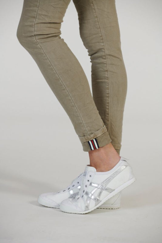 CLASSIC POLO JEANS IN ELK 19