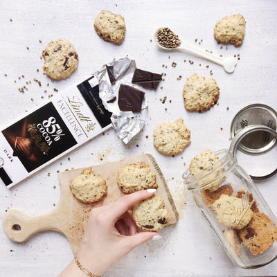Recipe: Hemp Seed & Chocolate Cookies