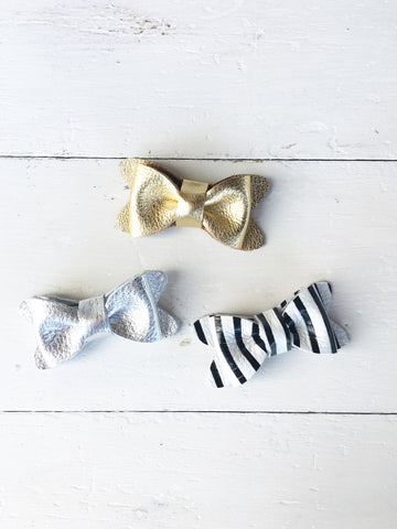 Signature Luxe Leather Bow Set