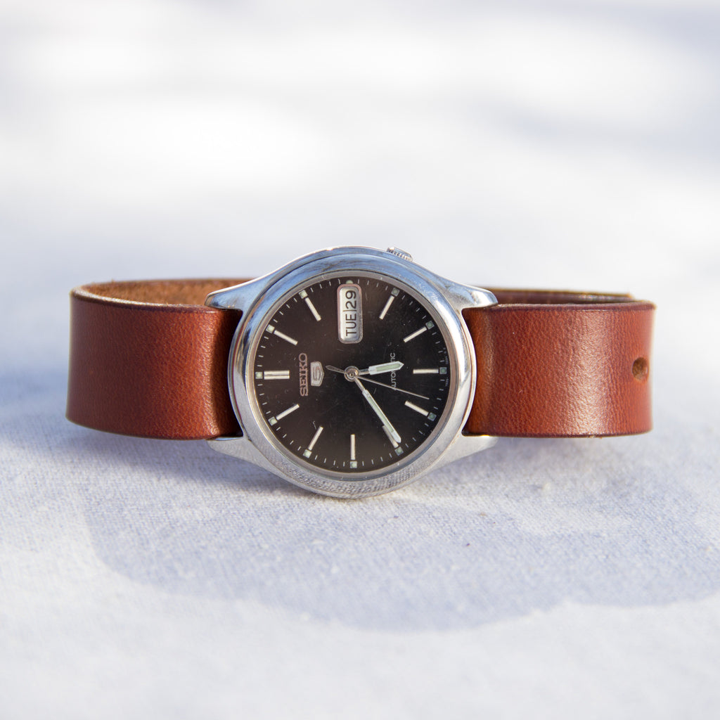 Vintage Seiko 5 Watch - Mainland Revival LLC.