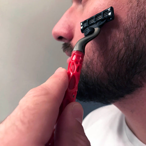 NEW! Red Web Razor with Disposable Gillette 3 Blade Razor Cartridge - Beard Bro LLC
