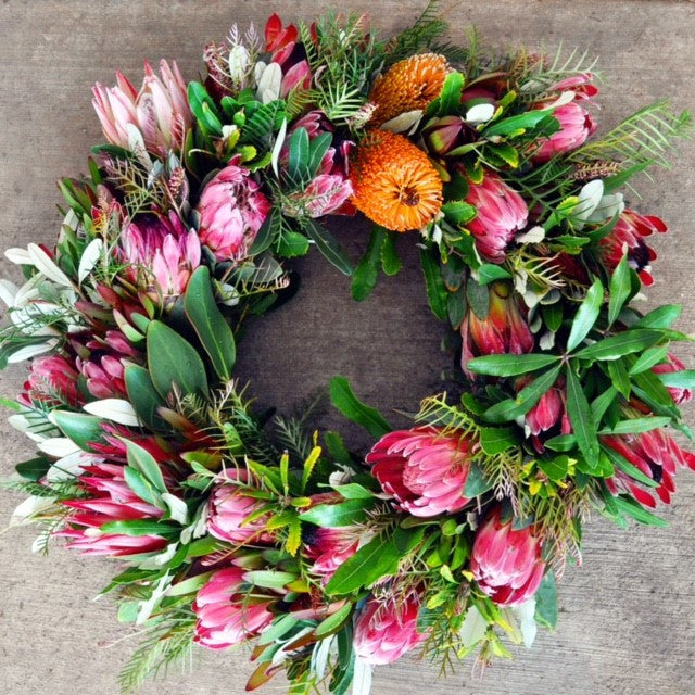 Fuschia Fire Wreath
