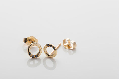 Black Diamond O Studs