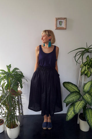 Wonderful, Feminine and Super Versetile Minimalist lifestyle Black Midi Linen Skirt!