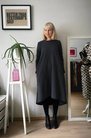 Warm and Comfortable Graffit Grey Melange Jersey Dress with Pockets and Extended Back - The Second warmest Dress in The World