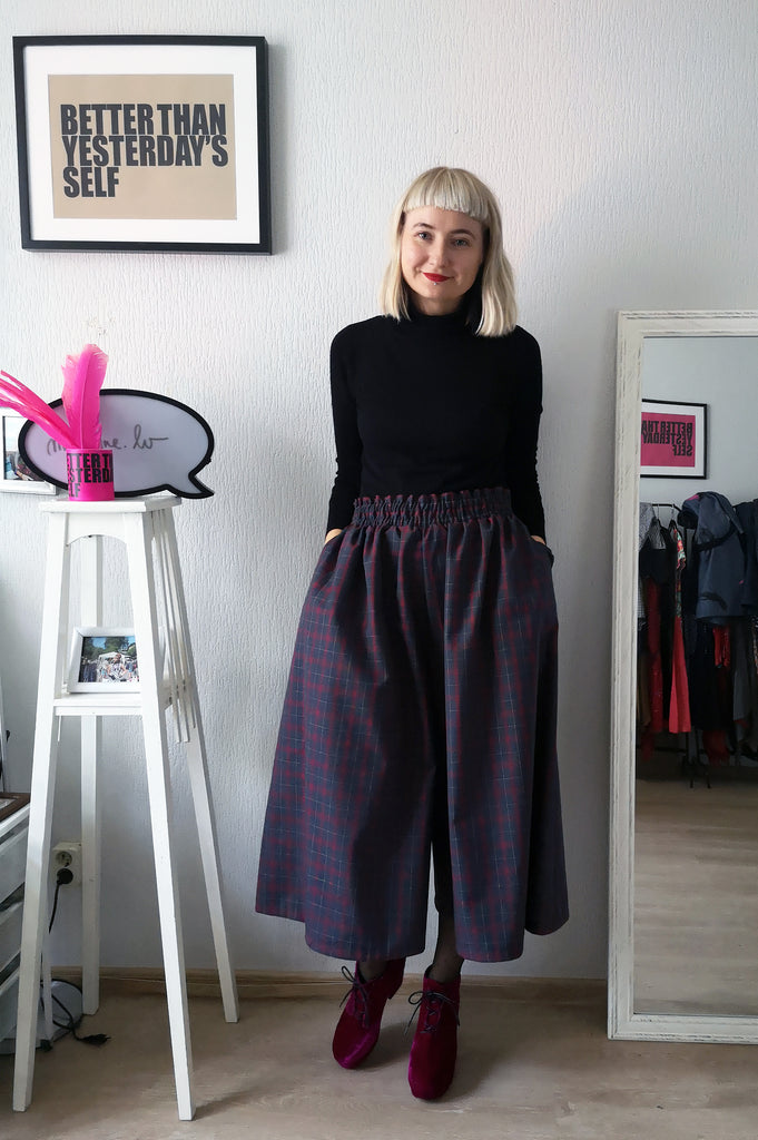 Super Wide One of a Kind Wool Blend Tartan Print Culottes in Red and Blueish Grey Tones